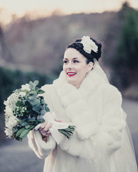 Winter Wedding Mark Pugh Photography 1940 S Dress Bouquet Vintage