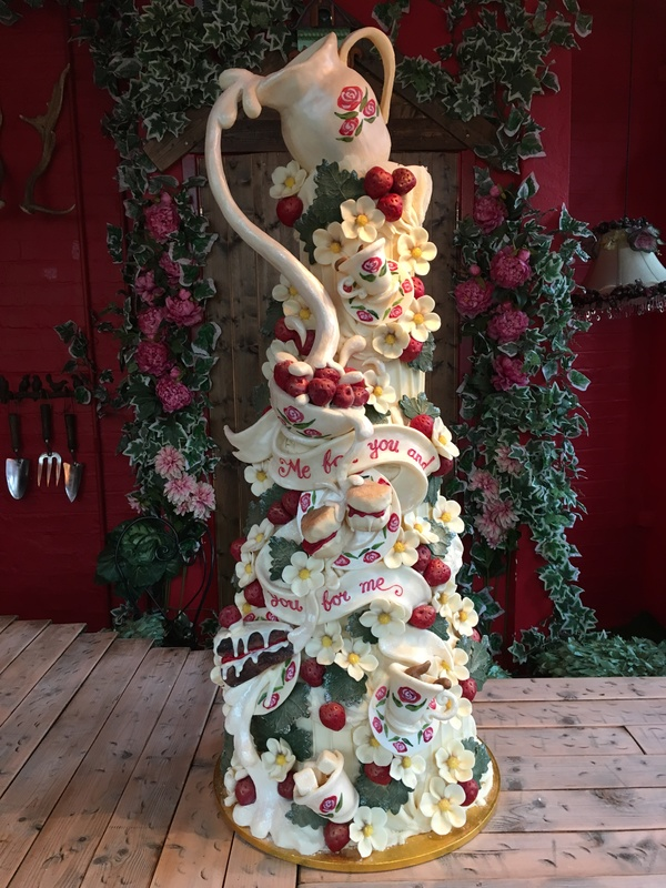wedding cake course london strawberry fields sculptural chocolate cakes from 22266