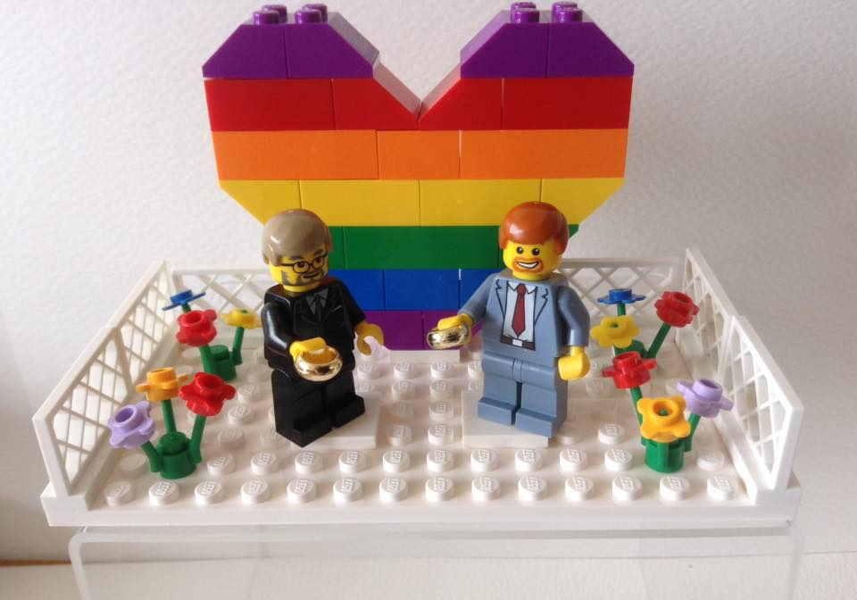 lego wedding cake toppers customised lego cake toppers for weddings amp events from 16791